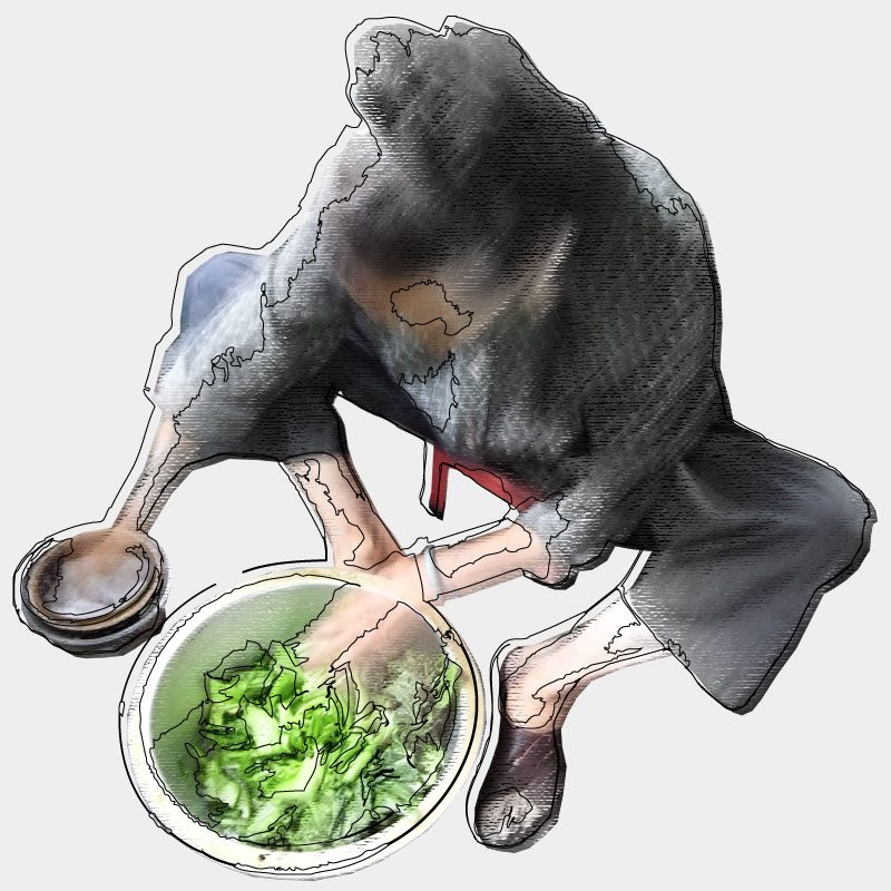 用手將芥菜不停搓壓,務求將水份壓出以及壓斷當中的纖維